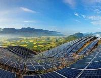 全球光伏新增装机量或高至150GW 上市公司纷纷加码光伏项目