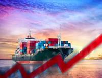 """告急!美国上演""""世纪大堵塞"""",全球航运费用竟飙涨7倍,何时降温?航运巨头警告:将继续大涨"""