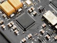 芯片产能紧张,行业估值处于3年低点!大基金加速布局